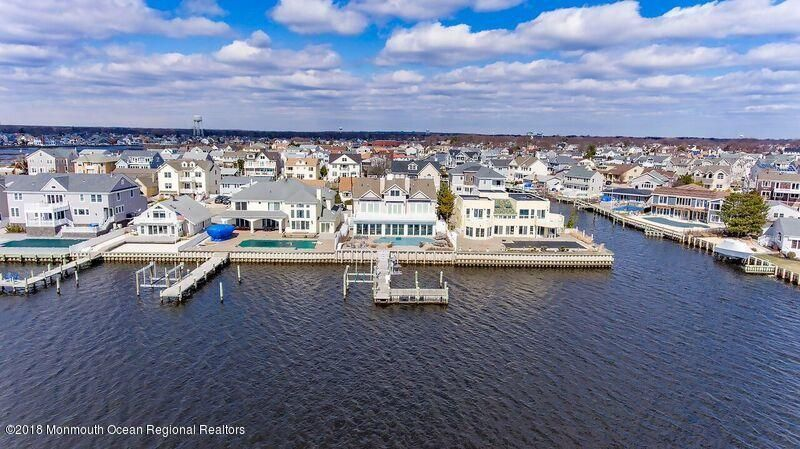 Single Family Home for Sale at 1860 Boat Point Drive 1860 Boat Point Drive Point Pleasant, New Jersey 08742 United States