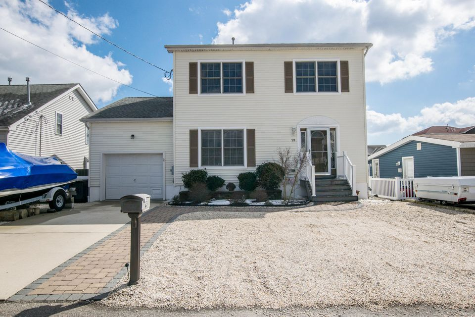 Casa para uma família para Venda às 23 Mary Alice Road 23 Mary Alice Road Beach Haven West, Nova Jersey 08050 Estados Unidos