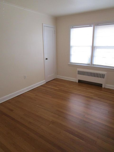 Apartamento por un Alquiler en 65 Sylvania Avenue 65 Sylvania Avenue Neptune City, Nueva Jersey 07753 Estados Unidos