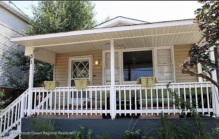 獨棟家庭住宅 為 出租 在 31 Barberie Avenue 31 Barberie Avenue Highlands, 新澤西州 07732 美國