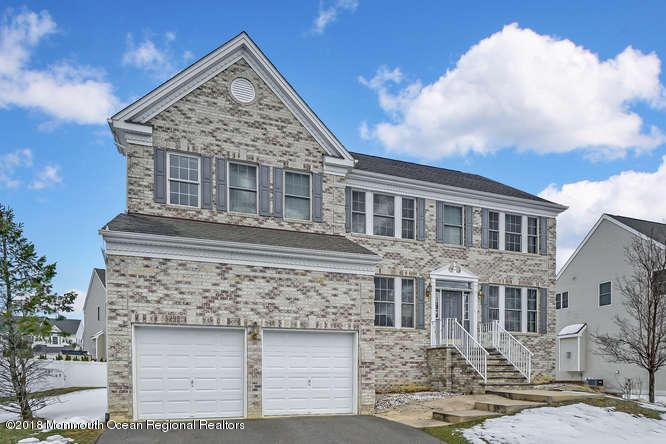 Casa Unifamiliar por un Venta en 64 Nathan Drive 64 Nathan Drive Old Bridge, Nueva Jersey 08857 Estados Unidos