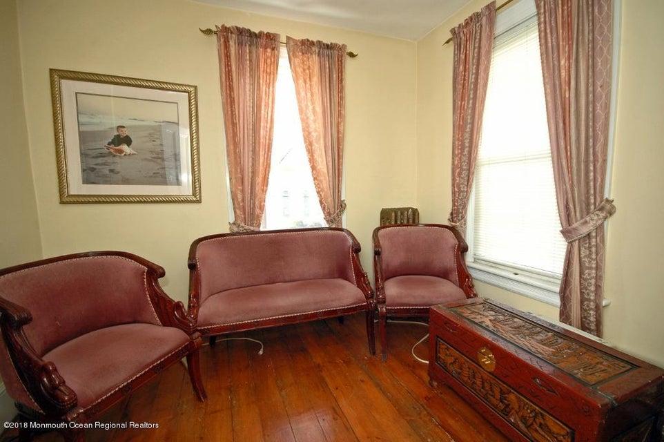 104 W. Main Street Bedroom Prof II