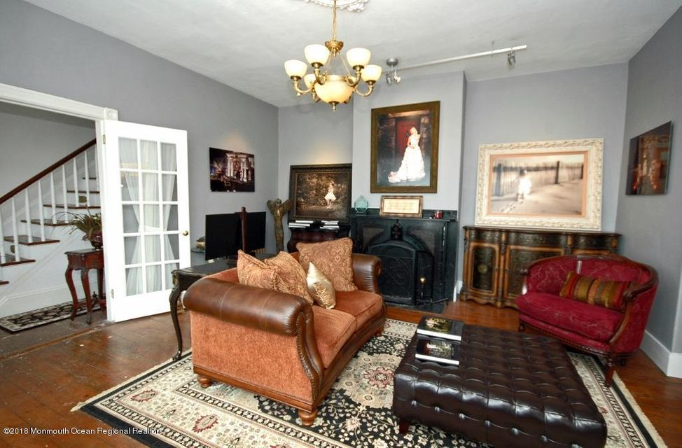 104 W. Main Street Living Room Prof III
