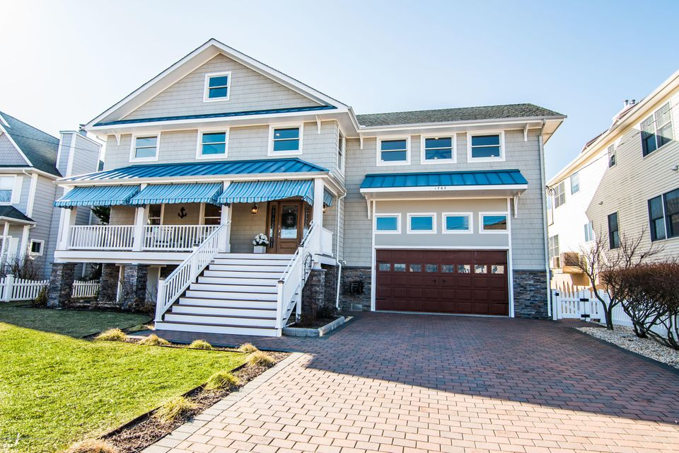 Single Family Home for Sale at 1767 Bay Isle Drive 1767 Bay Isle Drive Point Pleasant, New Jersey 08742 United States