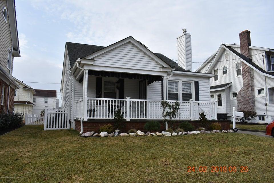 一戸建て のために 賃貸 アット 303 Evergreen Avenue 303 Evergreen Avenue Bradley Beach, ニュージャージー 07720 アメリカ合衆国