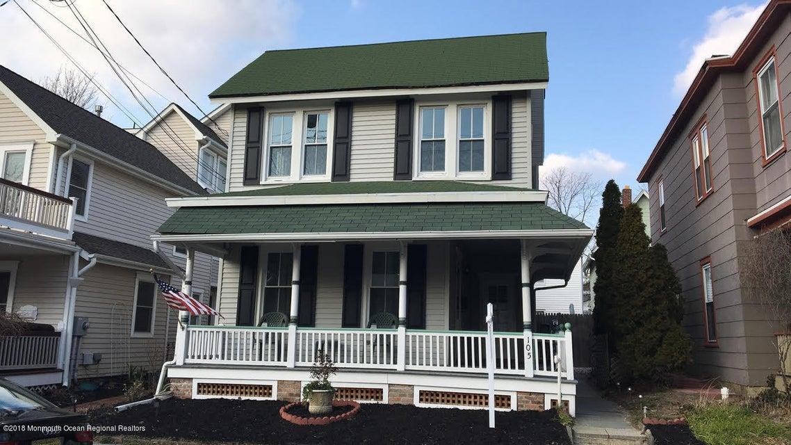 Maison multifamiliale pour l Vente à 105 Webb Avenue 105 Webb Avenue Ocean Grove, New Jersey 07756 États-Unis