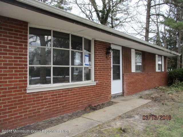 Single Family Home for Sale at 109 Tensaw Drive 109 Tensaw Drive Browns Mills, New Jersey 08015 United States