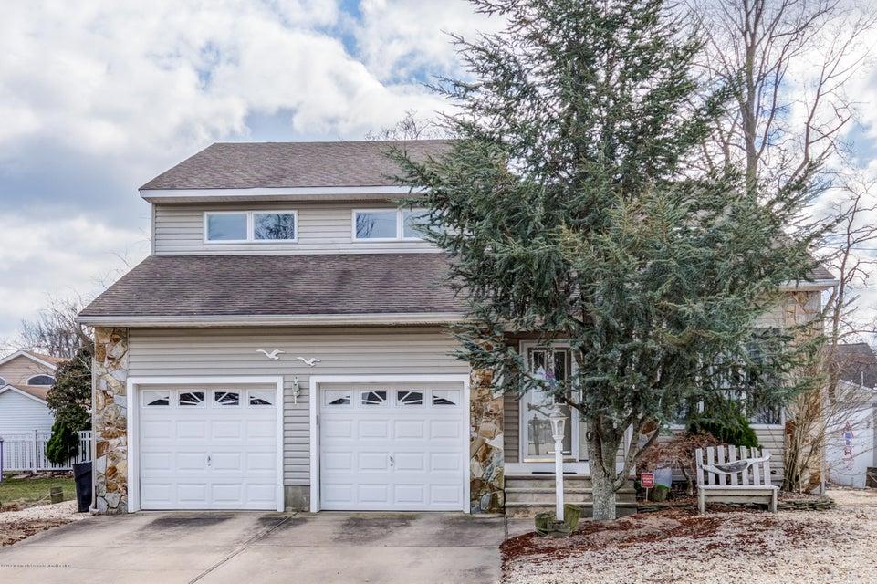 Casa Unifamiliar por un Venta en 340 Bayview Avenue 340 Bayview Avenue Ocean Gate, Nueva Jersey 08740 Estados Unidos