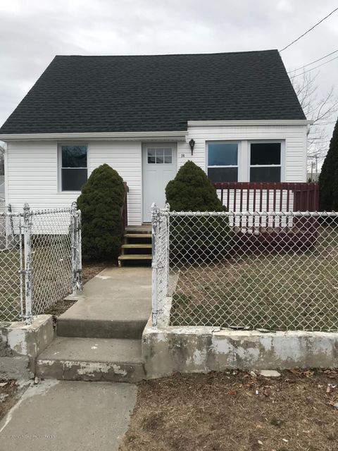 Single Family Home for Rent at 74(R) Franklin Avenue 74(R) Franklin Avenue Hazlet, New Jersey 07734 United States