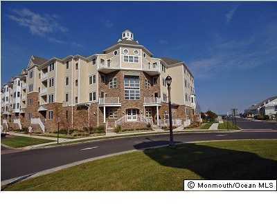 Appartement en copropriété pour l à louer à 11 Cooper Avenue 11 Cooper Avenue Long Branch, New Jersey 07740 États-Unis