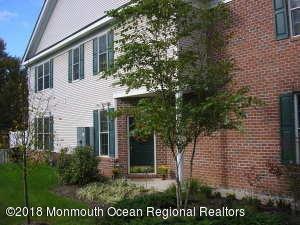 Maison unifamiliale pour l à louer à 44 Fells Drive 44 Fells Drive Manalapan, New Jersey 07726 États-Unis