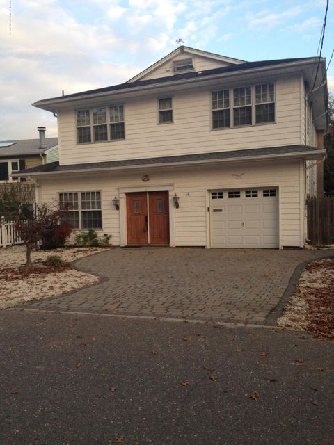 Single Family Home for Rent at 30 Lagoon Drive 30 Lagoon Drive Brick, New Jersey 08723 United States