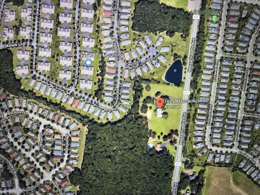 土地 為 出售 在 1626 Massachusetts Avenue 1626 Massachusetts Avenue Lakewood, 新澤西州 08701 美國