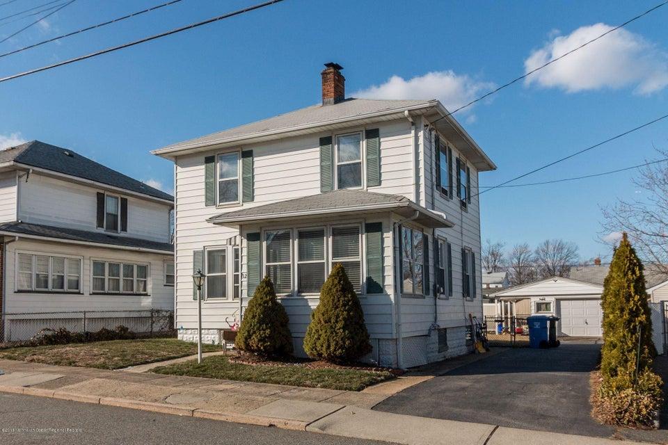 一戸建て のために 売買 アット 32 Burnet Street 32 Burnet Street Avenel, ニュージャージー 07001 アメリカ合衆国