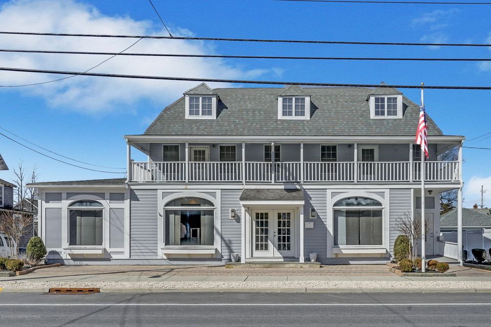 Commercial for Sale at 410 Main Avenue 410 Main Avenue Bay Head, New Jersey 08742 United States