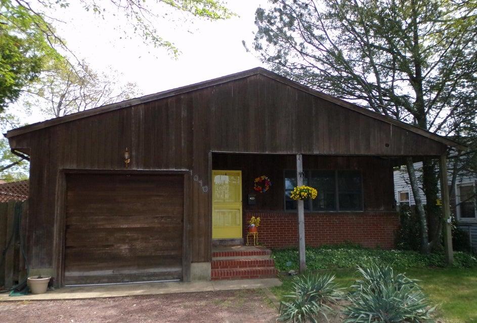 獨棟家庭住宅 為 出售 在 1010 River Avenue 1010 River Avenue Point Pleasant, 新澤西州 08742 美國