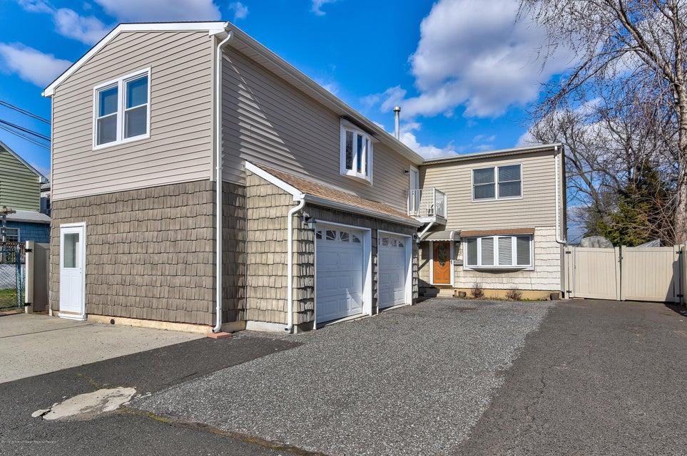Casa para uma família para Venda às 280 Dekalb Avenue 280 Dekalb Avenue Woodbridge, Nova Jersey 07095 Estados Unidos