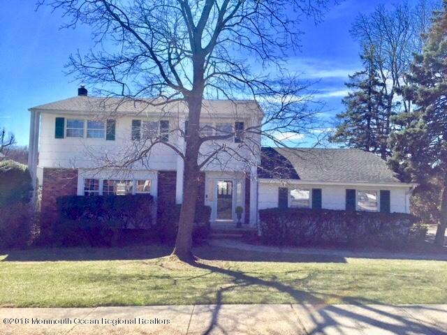 Maison unifamiliale pour l Vente à 8 Jensen Road 8 Jensen Road Sayreville, New Jersey 08872 États-Unis