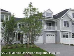 Maison unifamiliale pour l Vente à 33 Skimmer Lane 33 Skimmer Lane Port Monmouth, New Jersey 07758 États-Unis