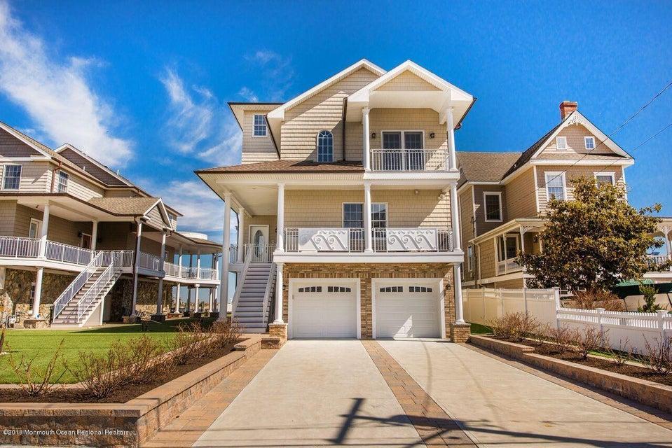 Einfamilienhaus für Verkauf beim 36 Shrewsbury Avenue 36 Shrewsbury Avenue Highlands, New Jersey 07732 Vereinigte Staaten