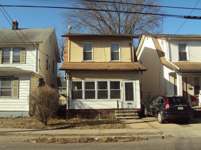 Nhà ở một gia đình vì Bán tại 134 Paine Avenue 134 Paine Avenue Irvington, New Jersey 07111 Hoa Kỳ