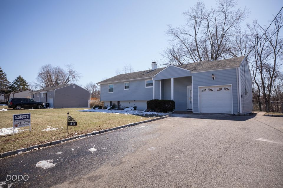 Casa para uma família para Venda às 49 Buena Vista Avenue 49 Buena Vista Avenue Piscataway, Nova Jersey 08854 Estados Unidos