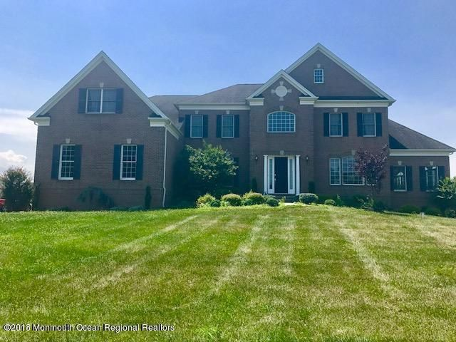 Maison unifamiliale pour l Vente à 6 Fairway Drive 6 Fairway Drive Cream Ridge, New Jersey 08514 États-Unis