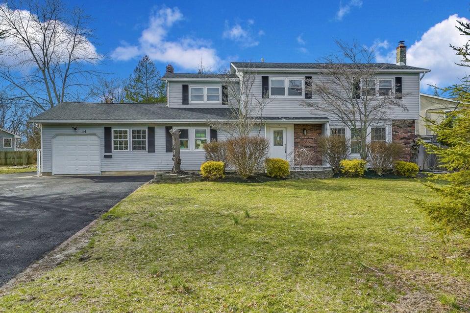 Maison unifamiliale pour l Vente à 34 Meadowbrook Drive 34 Meadowbrook Drive Howell, New Jersey 07731 États-Unis