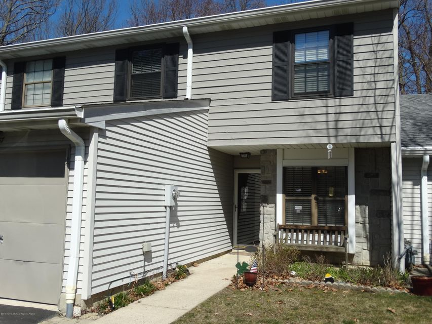 Single Family Home for Sale at 57 Hunters Run 57 Hunters Run Oceanport, New Jersey 07757 United States