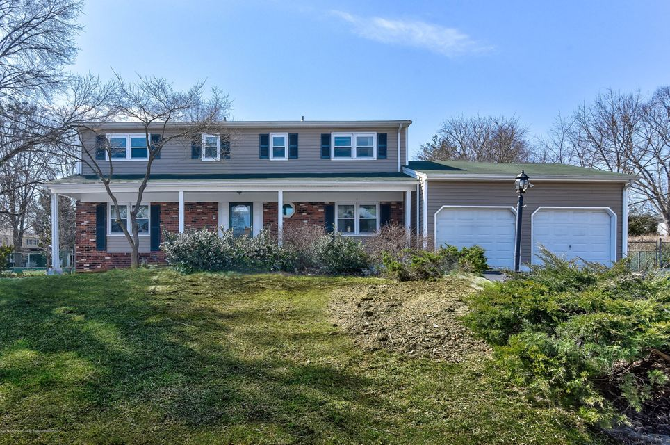 Single Family Home for Sale at 78 Oakey Drive 78 Oakey Drive Kendall Park, New Jersey 08824 United States