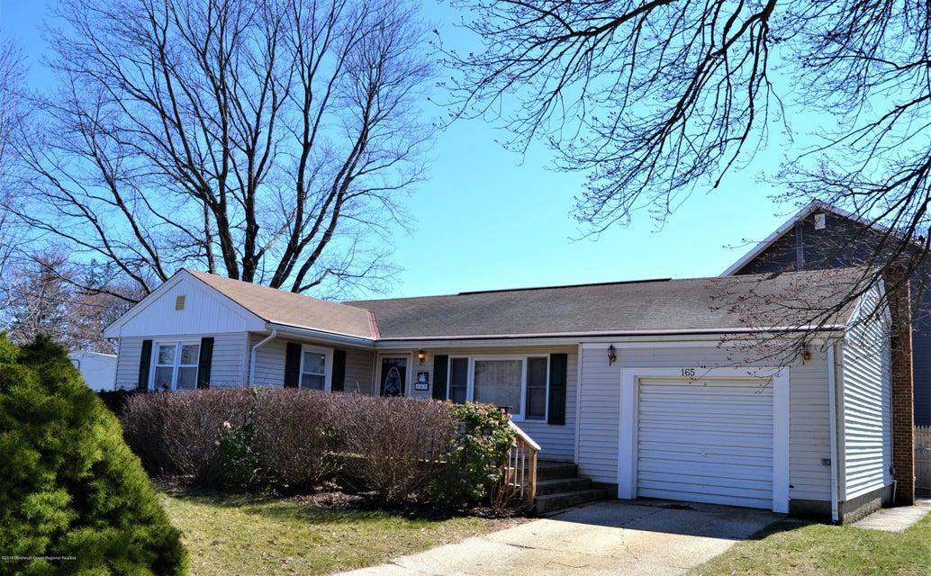 Vivienda unifamiliar por un Venta en 165 Oakes Avenue 165 Oakes Avenue Belford, Nueva Jersey 07718 Estados Unidos