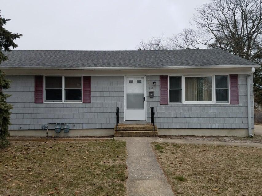 Casa para uma família para Locação às 831 South Street 831 South Street Point Pleasant, Nova Jersey 08742 Estados Unidos