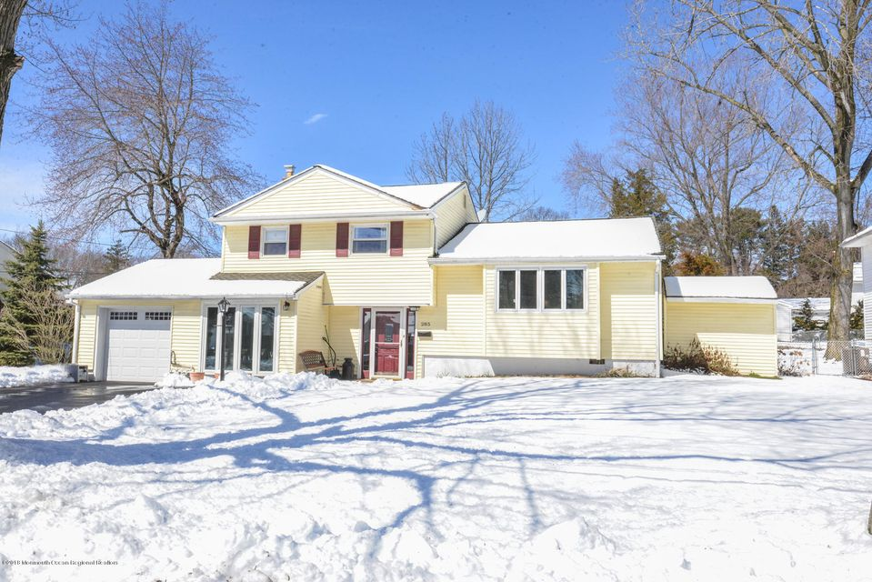 Single Family Home for Sale at 285 Richard Street 285 Richard Street Belford, New Jersey 07718 United States