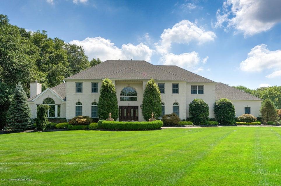 Einfamilienhaus für Verkauf beim 29 Ely Road 29 Ely Road Holmdel, New Jersey 07733 Vereinigte Staaten