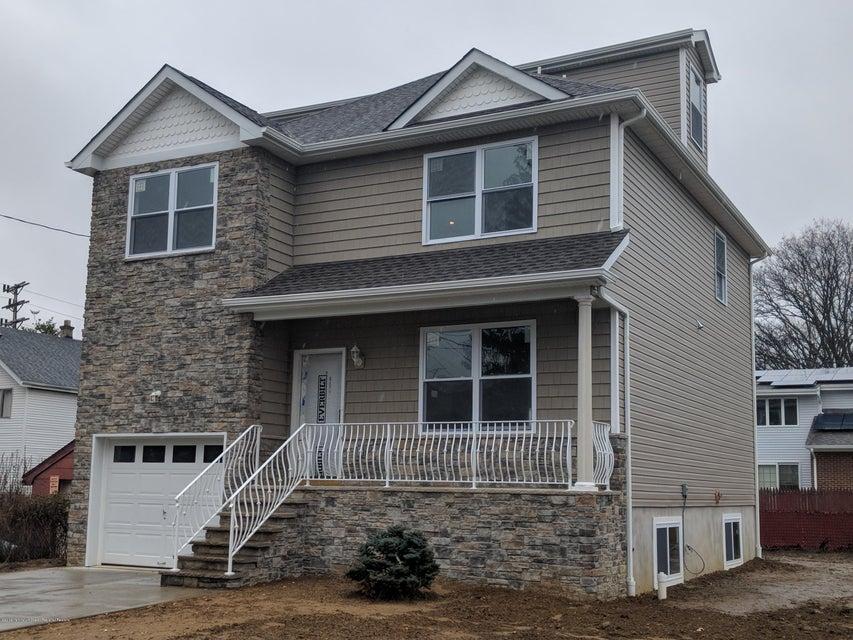 Casa para uma família para Venda às 308 Archie Street 308 Archie Street Cliffwood, Nova Jersey 07721 Estados Unidos