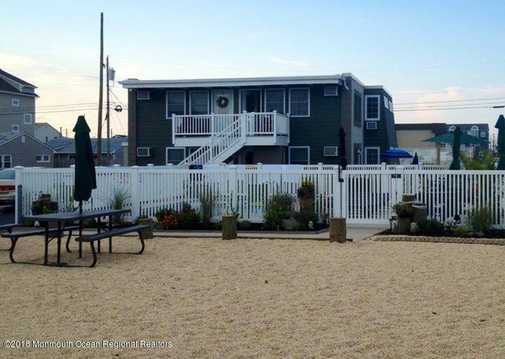 Condominio por un Alquiler en 1679 Route 35 1679 Route 35 Ortley Beach, Nueva Jersey 08751 Estados Unidos
