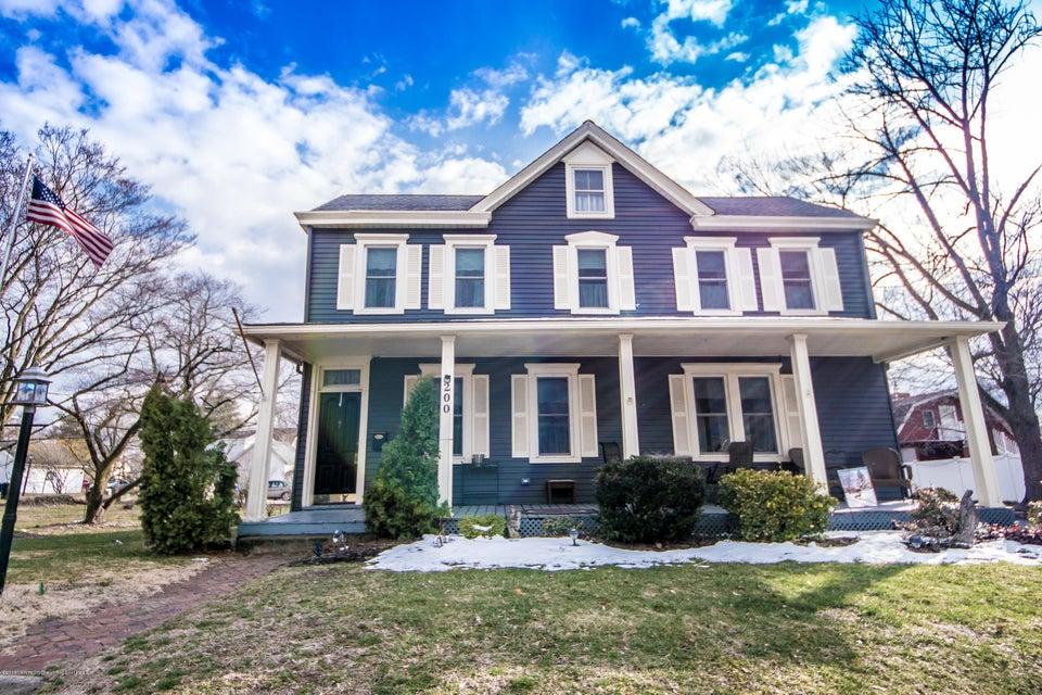 一戸建て のために 売買 アット 200 Front Street 200 Front Street Florence, ニュージャージー 08518 アメリカ合衆国