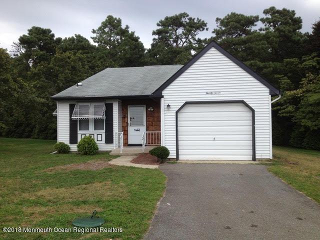 Casa Unifamiliar por un Alquiler en 27 Milford Avenue 27 Milford Avenue Whiting, Nueva Jersey 08759 Estados Unidos