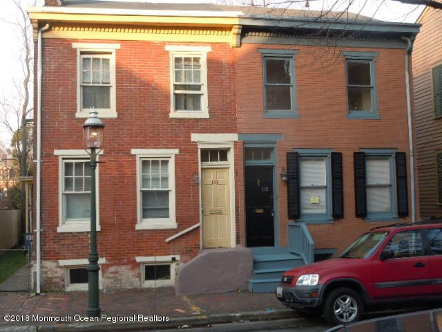 独户住宅 为 销售 在 132 Jackson Street 132 Jackson Street 特伦顿, 新泽西州 08611 美国