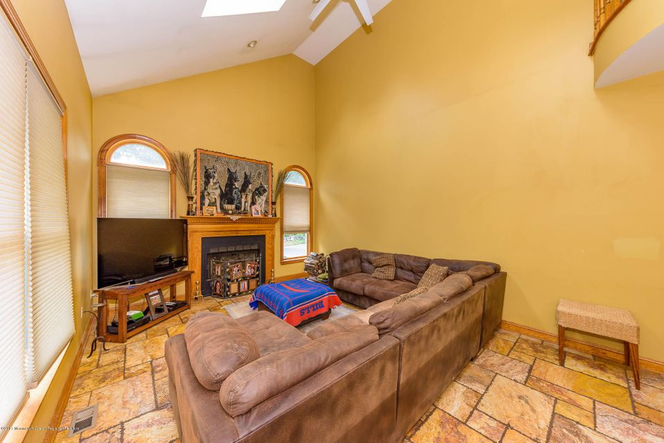 Additional photo for property listing at 7 Olde Noah Hunt Road 7 Olde Noah Hunt Road Millstone, 新泽西州 08510 美国