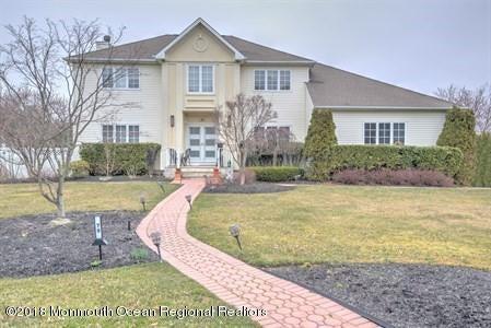 Einfamilienhaus für Verkauf beim 79 Georgetown Road 79 Georgetown Road Eatontown, New Jersey 07724 Vereinigte Staaten