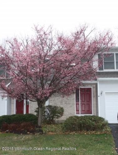 Condominio por un Alquiler en 29 Maria Court 29 Maria Court Holmdel, Nueva Jersey 07733 Estados Unidos