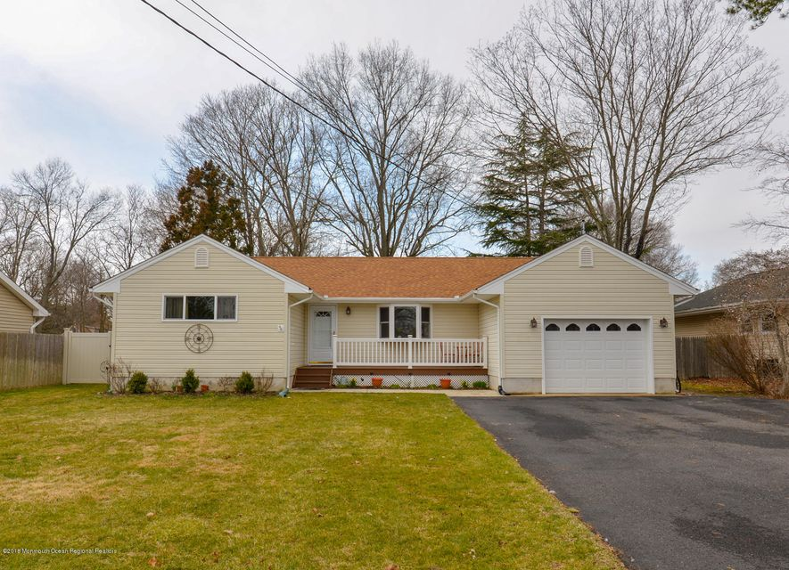 Additional photo for property listing at 13 Shady Nook Drive 13 Shady Nook Drive Toms River, Nova Jersey 08755 Estados Unidos