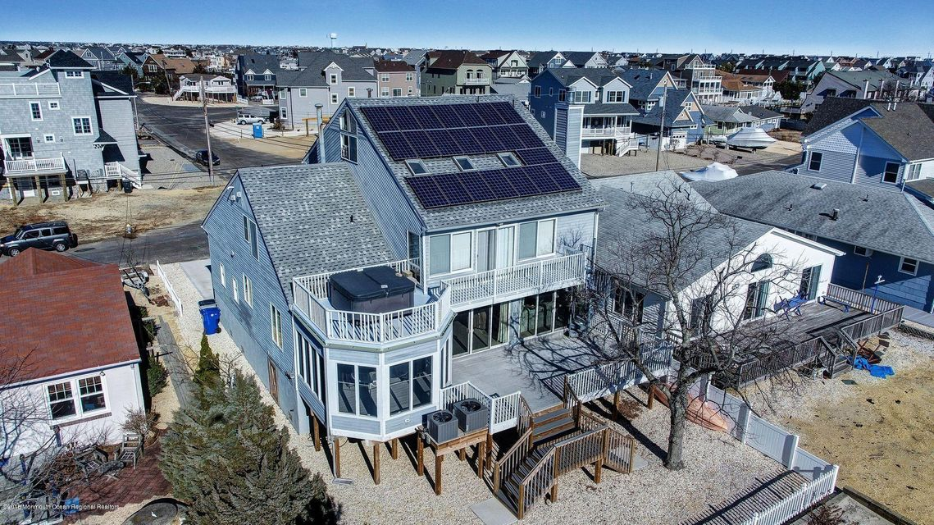 Casa Unifamiliar por un Alquiler en 13 6th Terrace 13 6th Terrace Ortley Beach, Nueva Jersey 08751 Estados Unidos