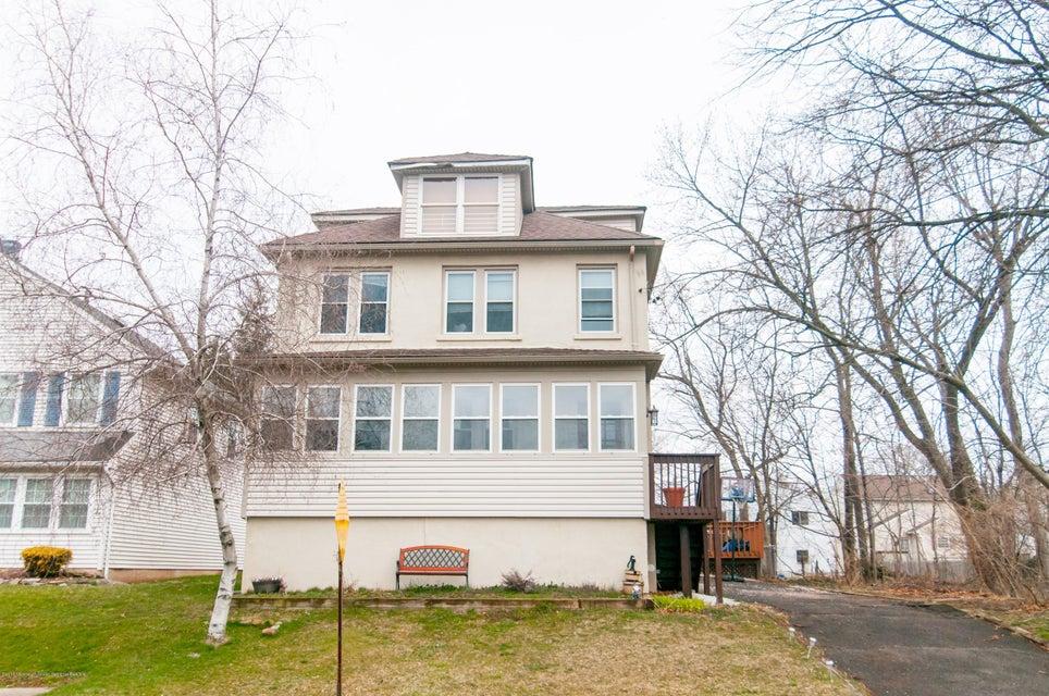 Einfamilienhaus für Verkauf beim 124 Fay Street 124 Fay Street Edison, New Jersey 08837 Vereinigte Staaten