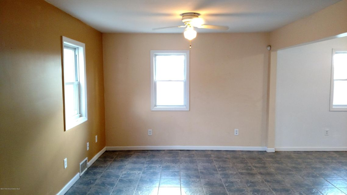 Additional photo for property listing at 603 Devon Street 603 Devon Street Forked River, 新泽西州 08731 美国