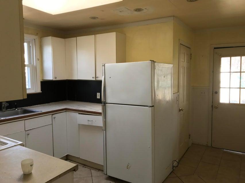 Maison unifamiliale pour l Vente à 28 Curtis Avenue 28 Curtis Avenue Piscataway, New Jersey 08854 États-Unis