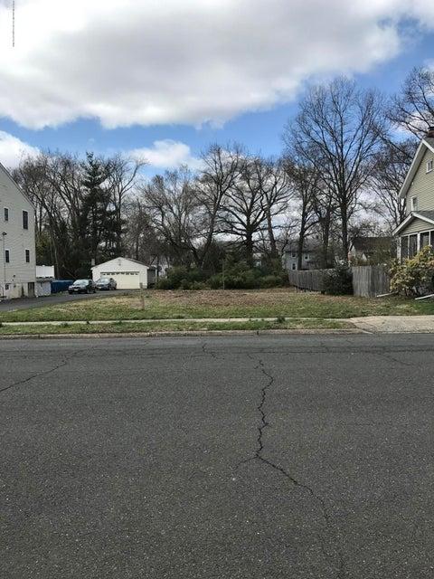 Terrain pour l Vente à 226 Whittier Avenue 226 Whittier Avenue Dunellen, New Jersey 08812 États-Unis