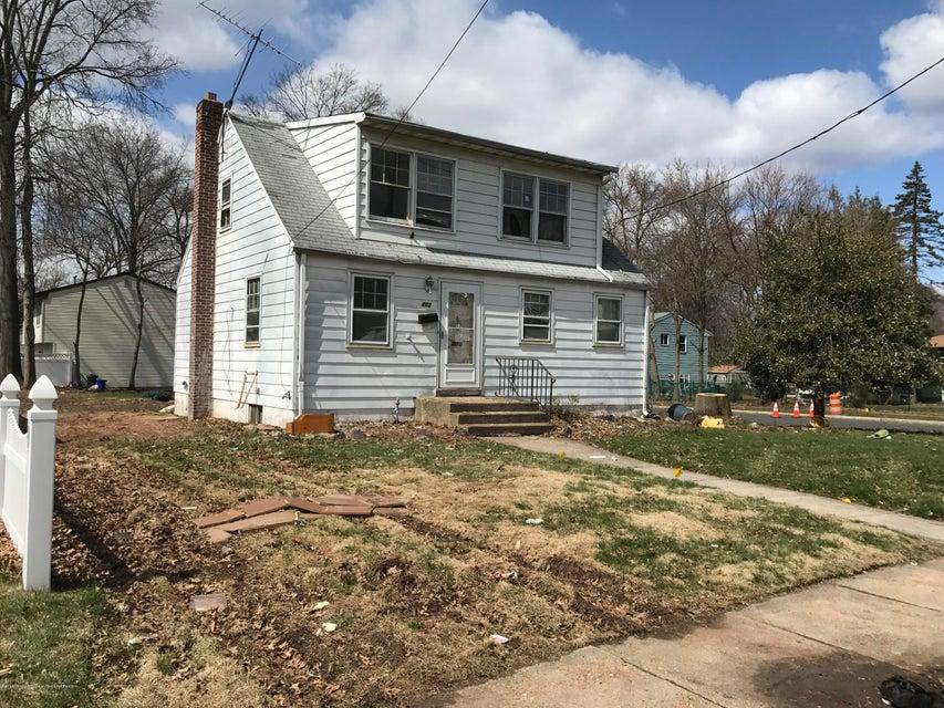 Maison unifamiliale pour l Vente à 402 Washington Avenue 402 Washington Avenue Piscataway, New Jersey 08854 États-Unis