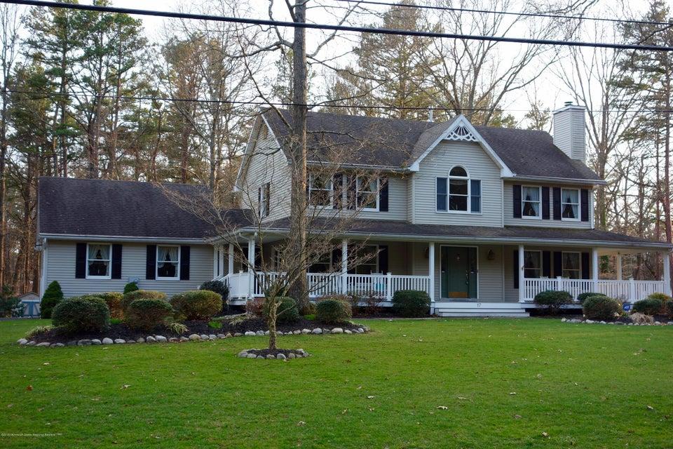Maison unifamiliale pour l Vente à 17 2nd Lane 17 2nd Lane Manchester, New Jersey 08759 États-Unis